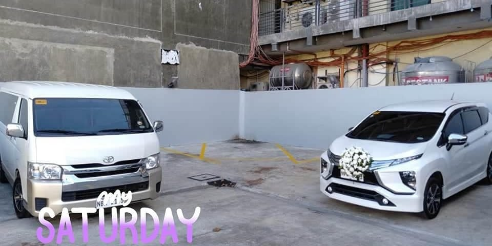 For bridal car and van rental available for booking at 3500 pesos only for 3 hrs...